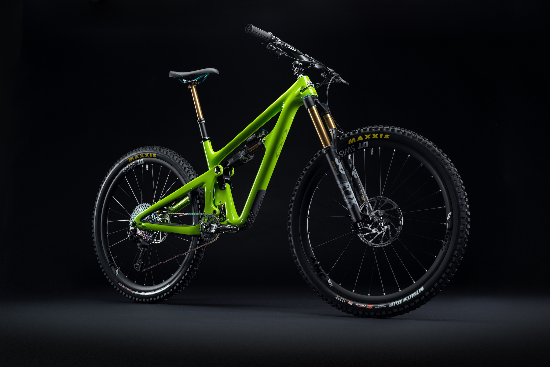 2020_YetiCycles_SB150_Dark_Complete_Verde_HR 2